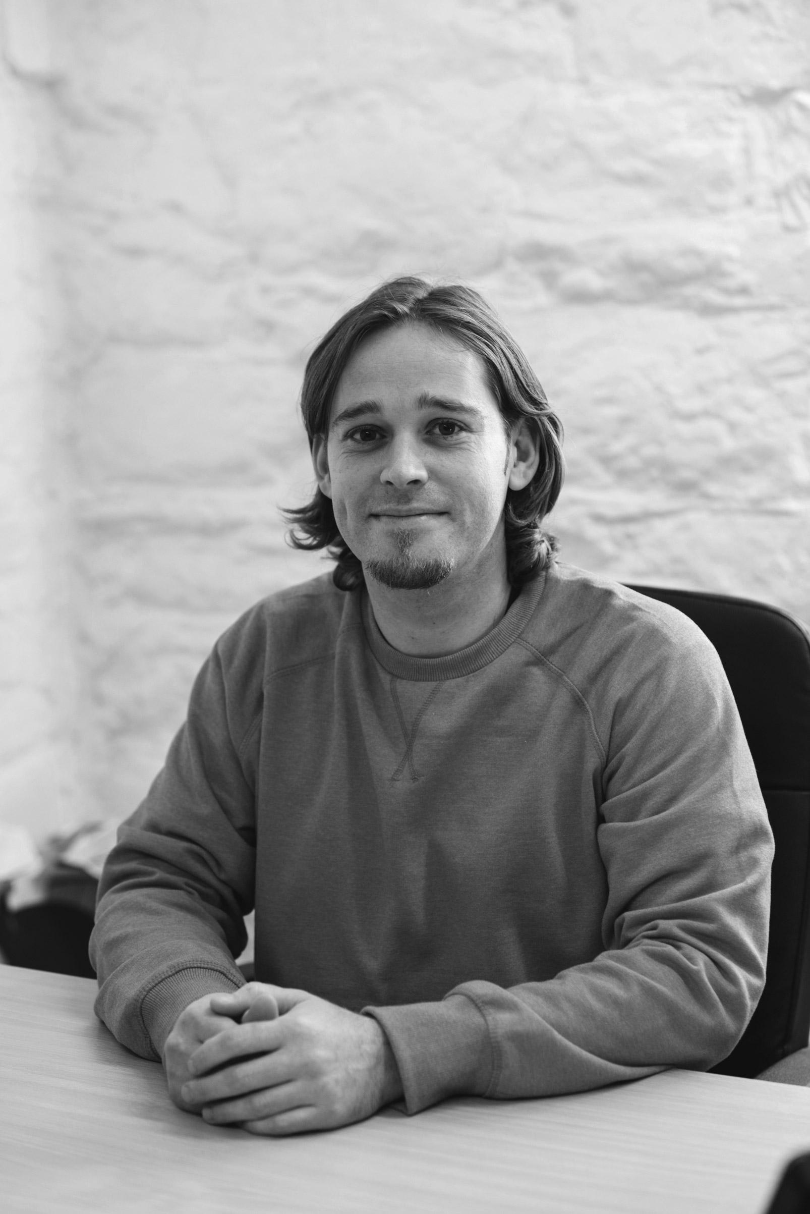 Pete-Holmes-BA-(Hons)-CeMAP,-Mortgage-Advisor2-